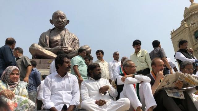 भारतीय लोकतंत्र की हत्या की जा रही है