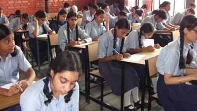 राजस्थान के स्कूलों में अब बाबा देंगे प्रवचन