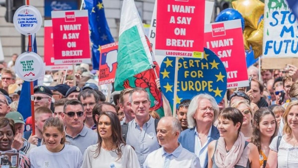 आकार पटेल का लेख:  जनमत संग्रह नहीं है अच्छा विचार, यूरोपीय संघ से  निकलने के ब्रिटेन के फैसले का सबक