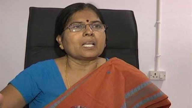 बिहार की नीतीश सरकार में मंत्री मंजू वर्मा ने अपने पद से इस्तीफा दे दिया है