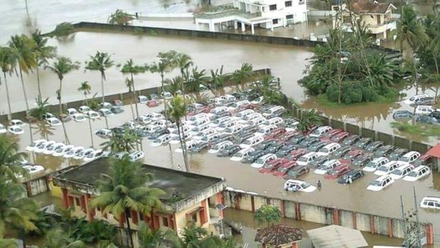 केरल में बाढ़ से 100 सालों में सबसे बड़ी तबाही