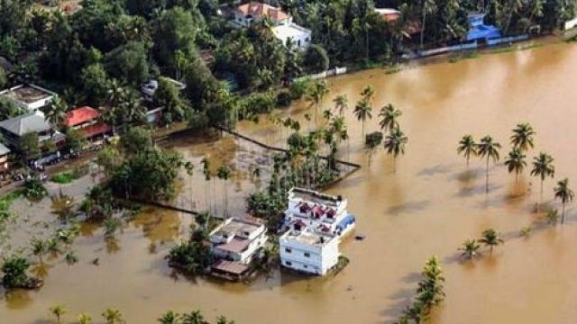 केरल में बाढ़ और भूस्खलन से अब तक 29 लोगों की मौत