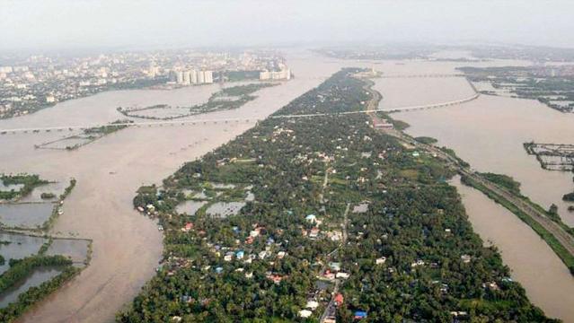 केरल बाढ़ से हुई तबाही से निबटने के लिए विदेशी सहायता के संबंध में सरकार को नीति बदलनी चाहिए
