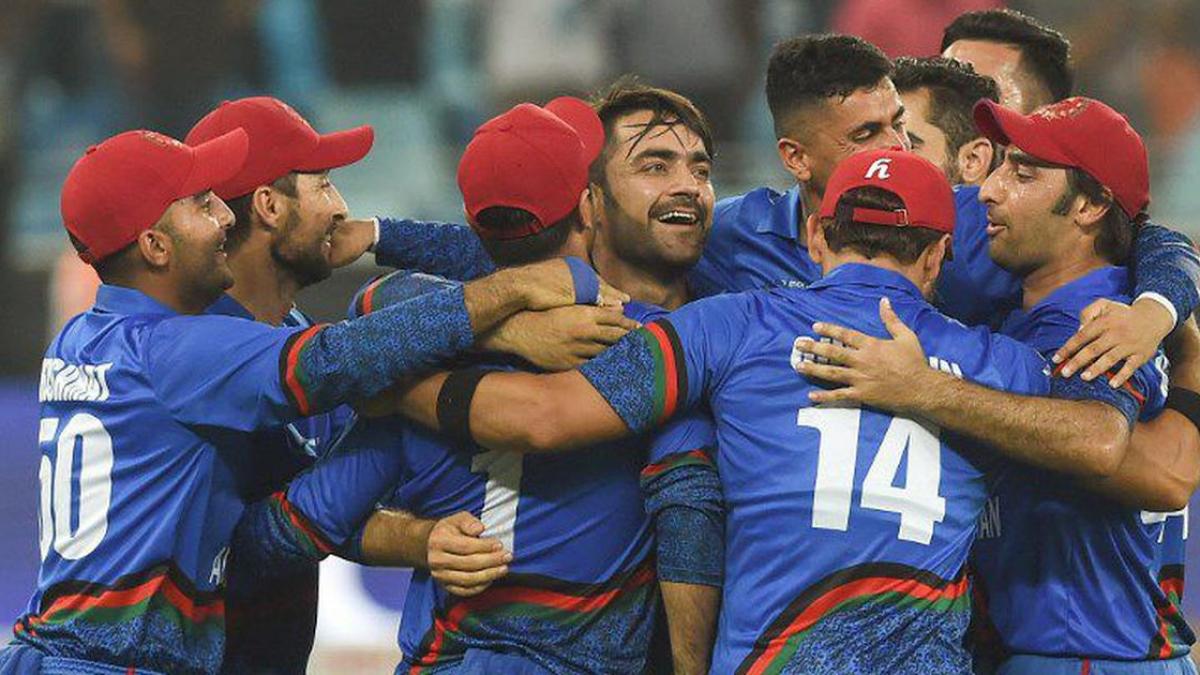 एशिया कप: अफगानी फिरकी ने फीकी की धोनी की कप्तानी वापसी, टाई रहा मैच