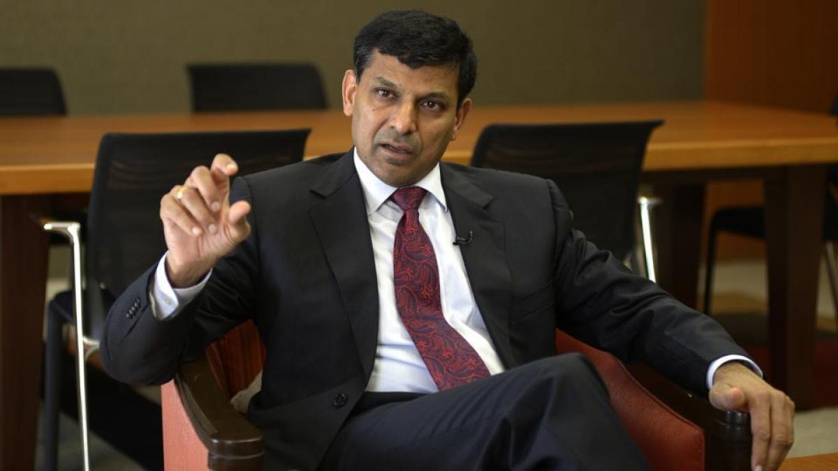 रघुराम राजन ने  मुद्रा लोन पर भी उठाए हैं सवाल, कहा है -  इससे बढ़ेगा एनपीए