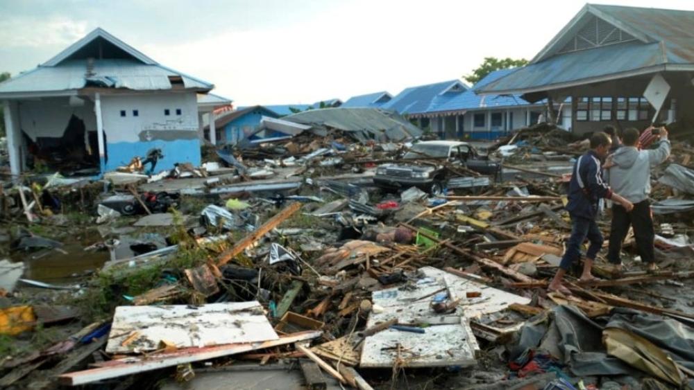 इंडोनेशिया में भूकंप और सुनामी से 405 से ज्यादा लोगों की मौत