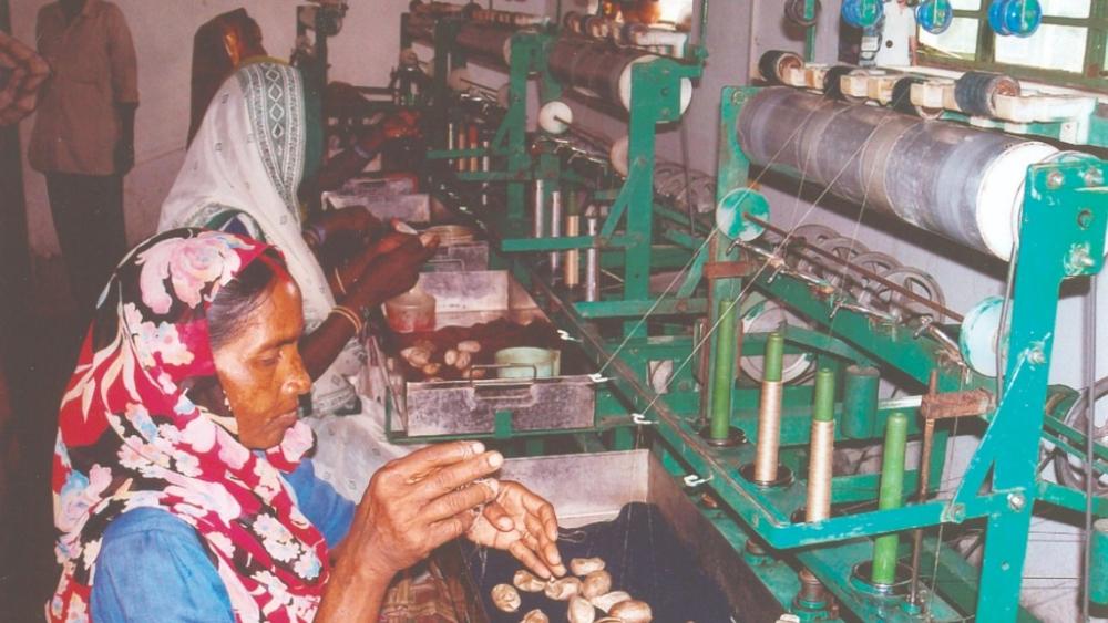 देश 92 फीसदी महिलाओं की तनख्वाह 10 हजार रुपये से कम: रिपोर्ट