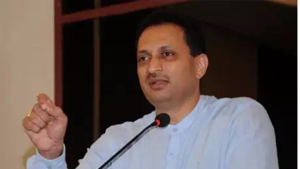 वीडियो: मोदी सरकार के मंत्री का विवादित बयान, कहा - 'जो हाथ हिंदू महिला को छुए, वह बचना नहीं चाहिए'