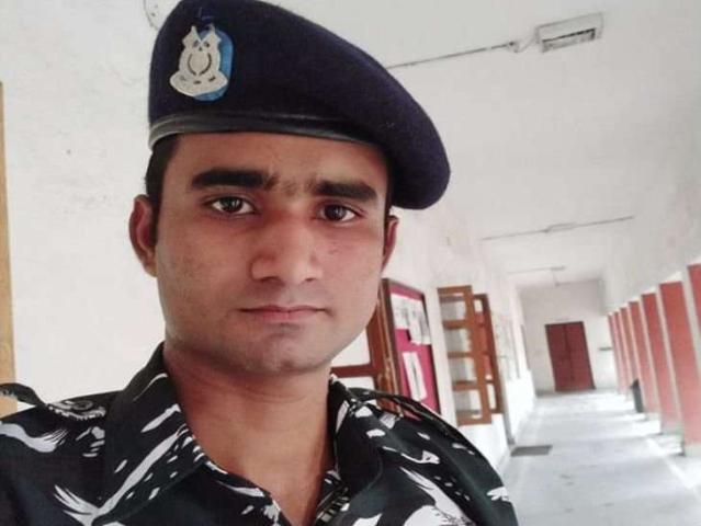 शामली के मोहल्ला रेपार निवासी अमित कुमार भी पुलवामा हमले में शहीद हुए हैं। अमित ने दो साल पहले सीआरपीएफ ज्वॉइन किया था।