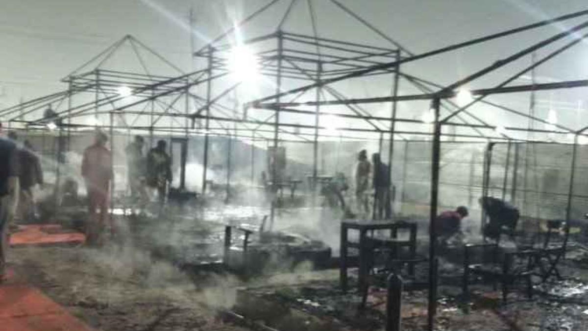 कुंभ मेला: अब बिहार के राज्यपाल के टेंट में लगी आग, बाल-बाल बचे लालजी टंडन, पहले भी हो चुकी हैं कई घटनाएं