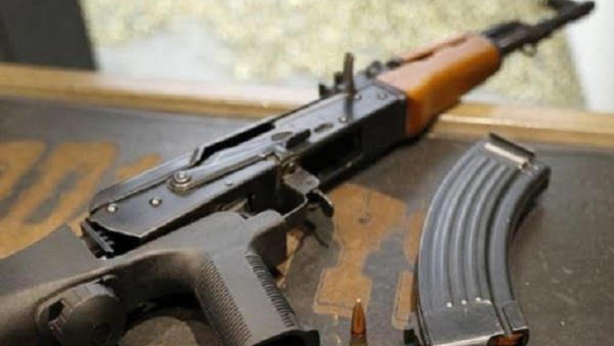 बिहार में फिर बरामद हुईं 2 एके-47, मुठभेड़ में 3 बदमाश ढेर, 3 को पुलिस ने किया गिरफ्तार