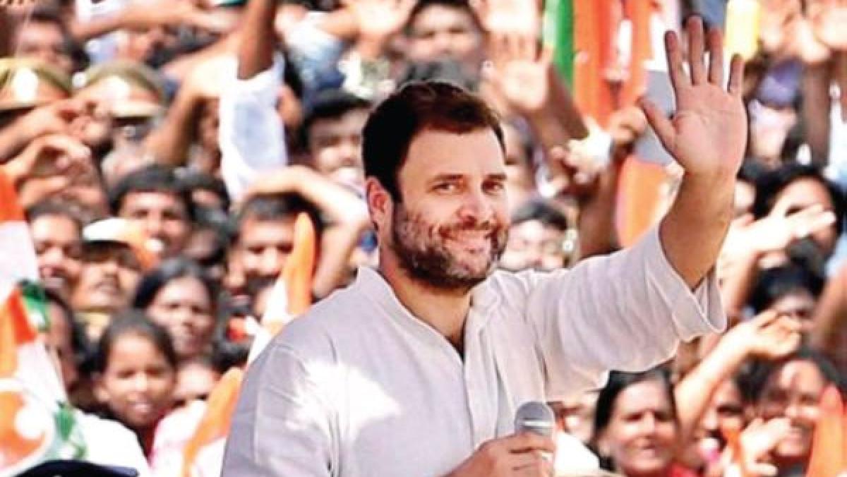 लोकतंत्र और विपक्ष- पहली कड़ी:  इस अंधकार में कांग्रेस को आगे आकर समाज का नेतृत्व करना  ही होगा