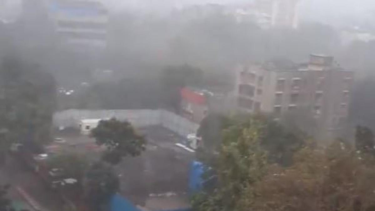 तूफान 'वायु' LIVE: चक्रवात 'वायु' गुजरात तट से टकराया, कई जगहों पर भारी बारिश