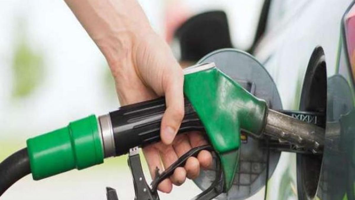 बजट से अच्छे दिन की उम्मीद करने वालों को महंगाई की मार, अगले ही दिन पेट्रोल-डीजल ने लगाई 2 रुपए से ऊपर की छलांग