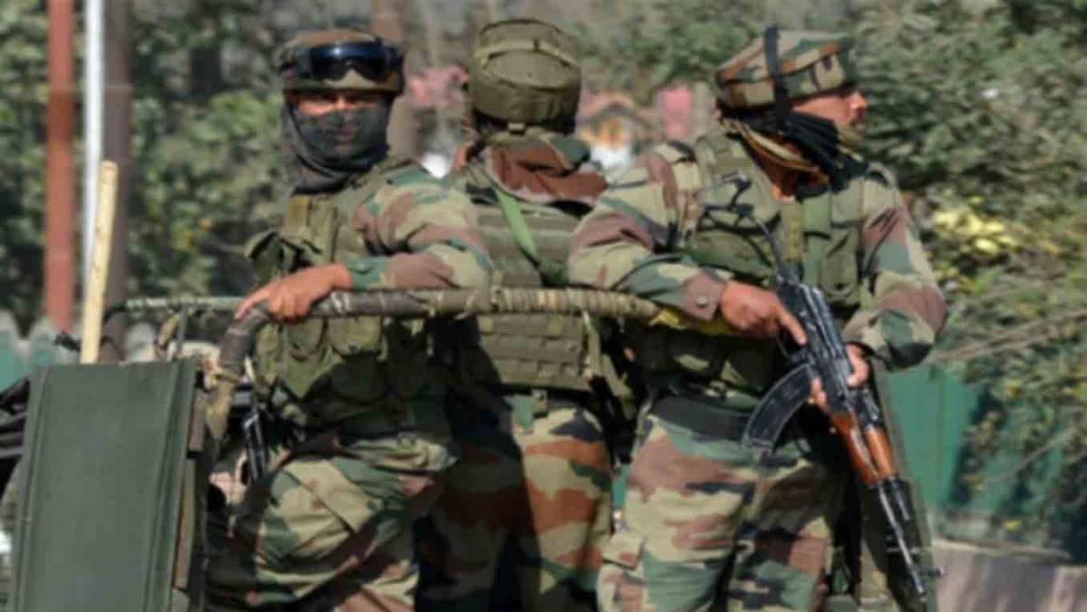 बड़ी खबर LIVE: धारा 370 हटने के 15 दिन बाद कश्मीर में मुठभेड़, बारामूला में आतंकियों के खिलाफ सेना का ऑपरेशन जारी