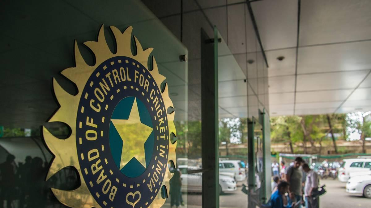 टीम इंडिया की सुरक्षा में चूक से नाराज BCCI, मेजबान संघों को भेजा नोटिस, कहा- लापरवाही नहीं की जाएगी बर्दाश्त