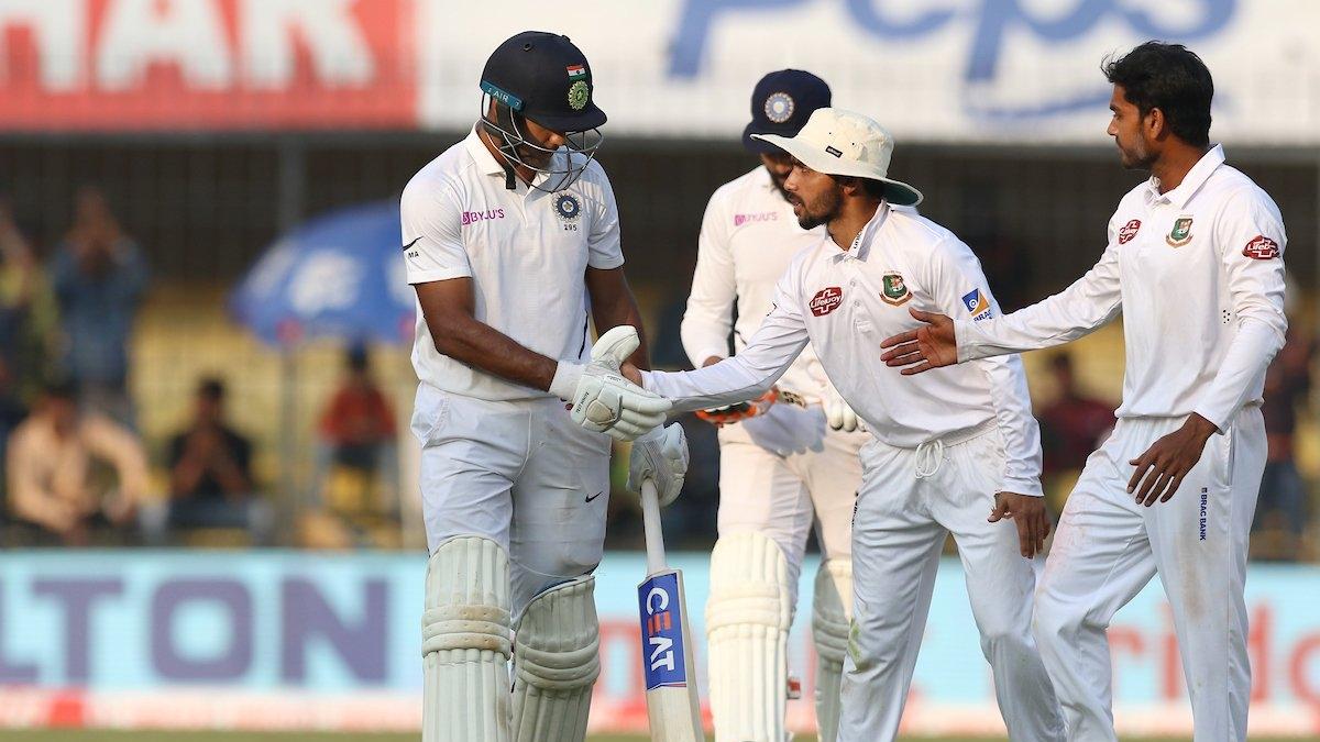 इंदौर टेस्ट मैच: दूसरे दिन का खेल खत्म, भारत को 343 रनों की बढ़त, मयंक अग्रवाल ने जड़ा दोहरा शतक