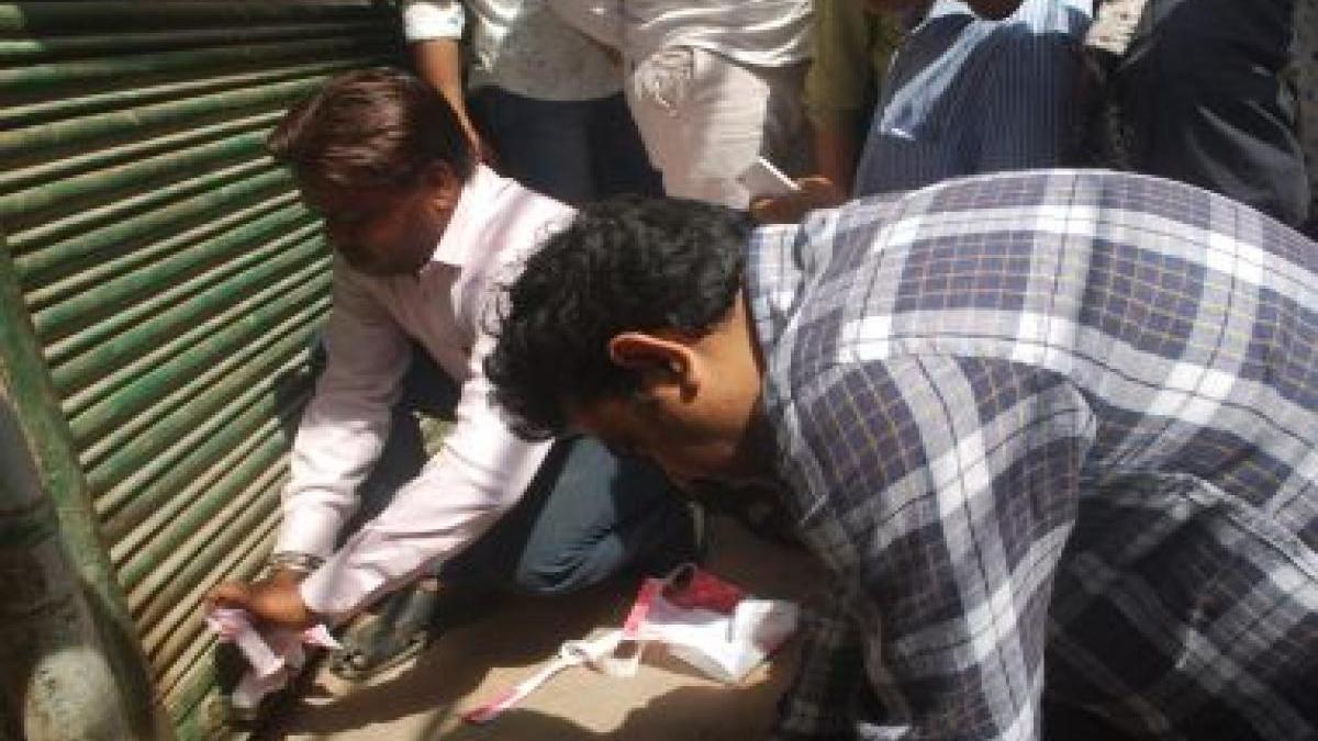 यूपी में CAA का विरोध करने वालों से 'बदला लेने' की कार्रवाई शुरु, नेताओं की धर पकड़, दुकानें सील की गईं