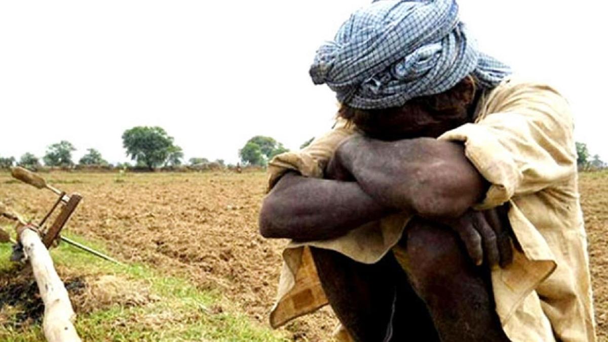 2017 के मुकाबले 2018 में अधिक  हुए अपराध, 10349 किसानों ने की खुदकुशी: NCRB