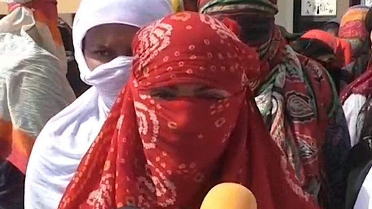 गुजरात में भुज के बाद सूरत में महिलाओं का अपमान, अस्पताल में नौकरी के नाम पर महिलाओं को निर्वस्त्र कर किया जांच