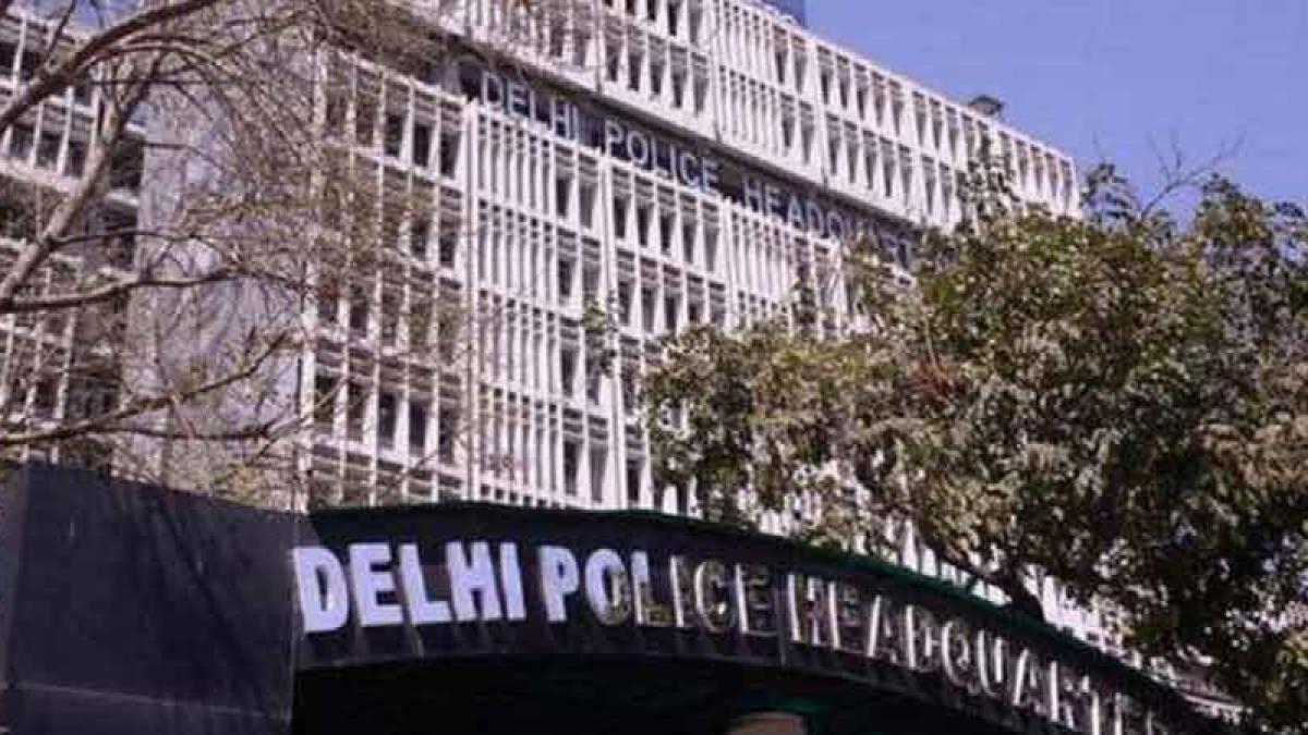 दिल्ली: एक तरफा प्यार में चली दो गोलियां,  दो पुलिसकर्मियों ने गंवाई जान! मोबाइल से खुले कई राज