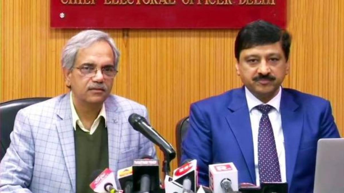 वोटिंग के 24 घंटे बाद चुनाव आयोग ने बताया दिल्ली में पड़े 62.59% वोट, बल्लीमारान में सबसे ज्यादा हुआ मतदान