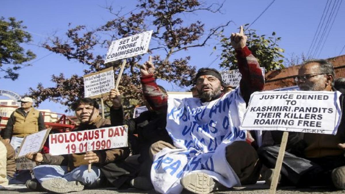 राम पुनियानी का लेखः घाटी से कश्मीरी पंडितों के पलायन के 30 साल और  जारी सांप्रदायिक राजनीति
