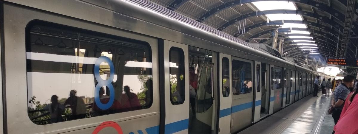 A Delhi Metro train
