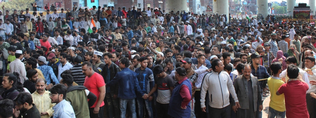 Anti-Citizenship (Amendment) Act (CAA) protesters gathered outside Jaffrabad metro station in northeast Delhi, blocking road no. 66 which connects Seelampur to Maujpur and Yamuna Vihar, on February 23, 2020.