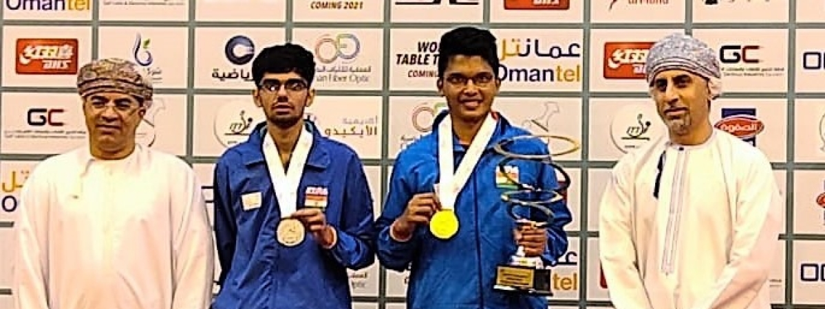 Jeet Chandra (2nd from right) and Manav Thakkar (2nd from left) with their medals at the Oman Open Table Tennis tournament in Muscat on March 14, 2020.