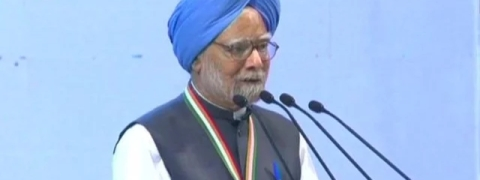 Manmohan Singh attacks notes ban