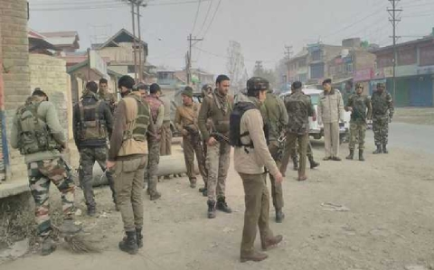 6 injured in militant grenade attack in Kashmir
