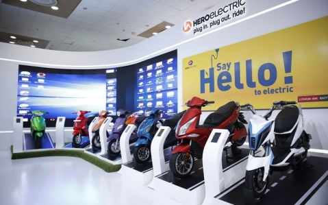 Hero Electric unveils 8 electric 2-wheelers