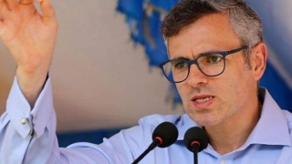 Rejecting rumours, Omar says father Farooq absolutely fine