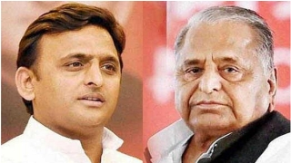 SSF suffers jolt after Mulayam joins Akhilesh's rally in New Delhi