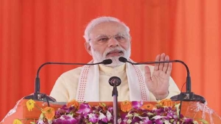 PM pays obeisance at BHU temple; meets BJP workers in Varanasi