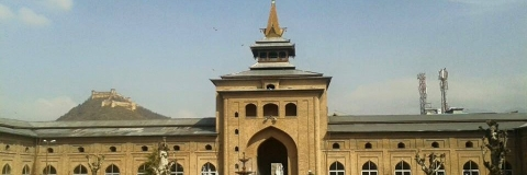 Historic Jamia Masjid remains closed for 2nd day on Saturday