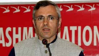 Omar takes dig at BJP for protesting against Mehbooba
