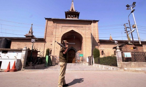 Historic Jamia Masjid remain closed for third day on Sunday