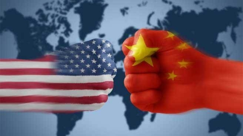 US ramps up trade row with China, threatens new tariffs