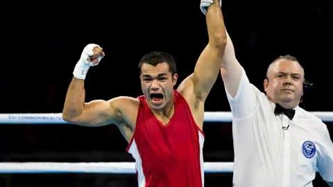 Asian Games : Indian Boxer Vikas Krishan enters semis
