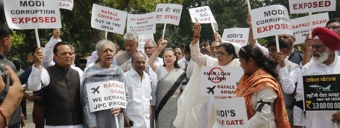 Sonia leads Opposition protest in Parliament on Rafale deal