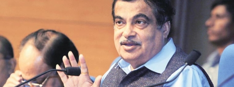 Gadkari directs depts to work on NHs, PM schemes