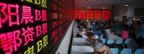 China shares plunge on Trump's call for higher import tariffs