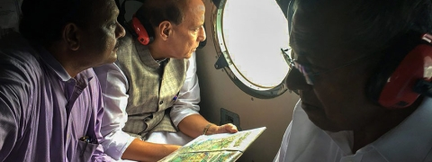 Kerala flood situation 'very serious': Rajnath, Pinarayi says loss over Rs 8,316cr
