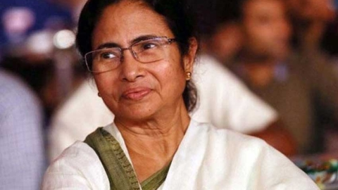 Toll rises to three ;Mamata sets up SIT to probe collapse