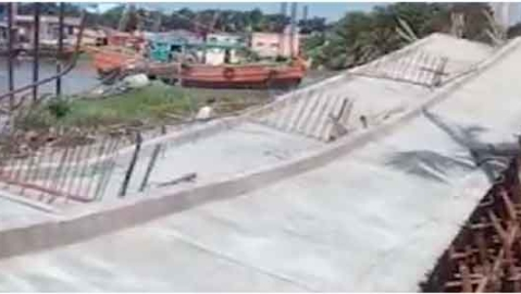 Under construction bridge collapses in Kakdwip area