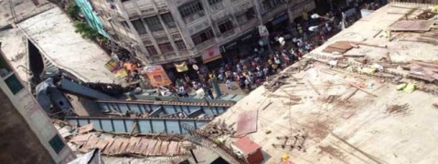 Kolkata flyover collapse kills one, injure 28; Mamata talks to Rajnath