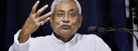 Nitish query on drop in communal strife