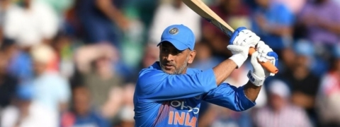 Dhoni captains India for 200th time in ODIs